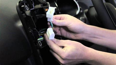 AutoDAB: Renault Clio 7711599400 Installation Guide - YouTube