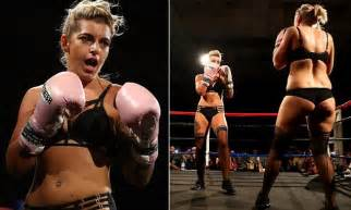 Big Bangers Boxing hosts the first ever lingerie boxing