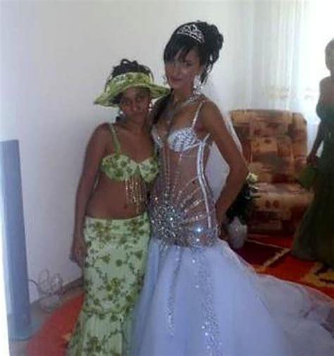 12 Terrible Wedding Dresses That Will Scare The Groom Away